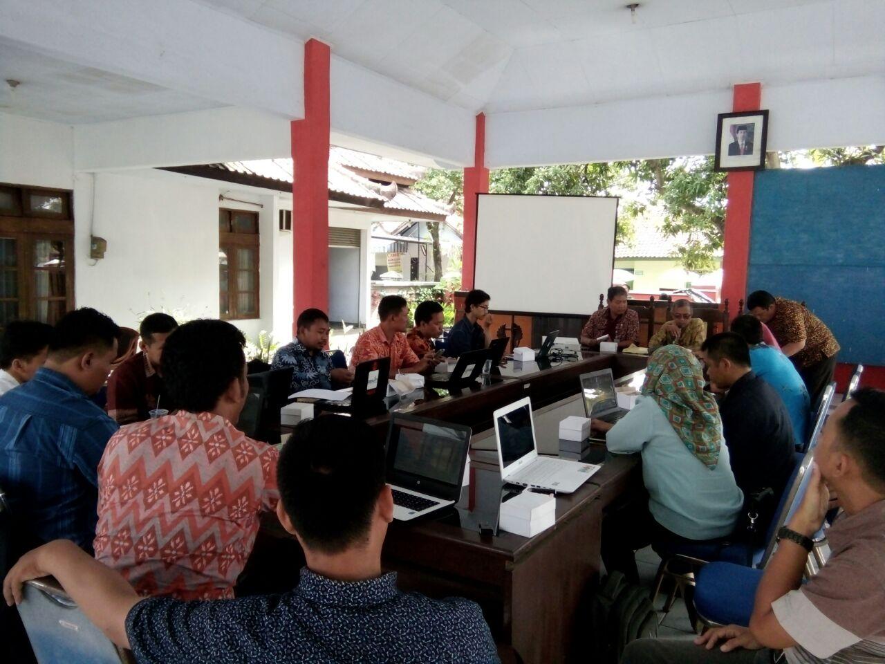 Pelatihan Website desa di Pendopo Kecamatan Ulujami
